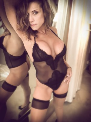 Laure-aline tantra massage in Cinco Ranch